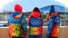 Обои люди, олимпиада, символика, волонтёры, одежда, Сочи 2014