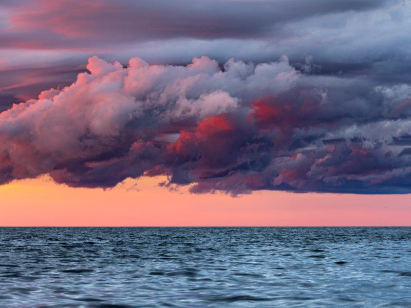 Обои море, горизонт, закат, облака, вода на рабочий стол.