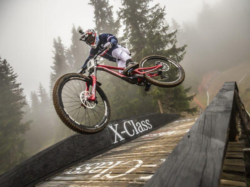 Обои велосипед, гонка, велоспорт, прыжок, колеса для рабочего стола