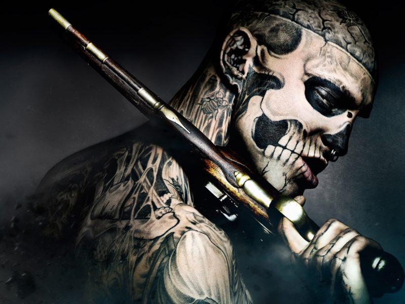 татуировки, пистолет, фрик, freak, парень, 47 ronin, кино