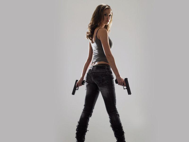 девушка, обои, Пистолет