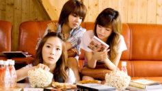Девушки, Диван, Кино, Girls Generation SNSD (Сонёсидэ), Знаменитости