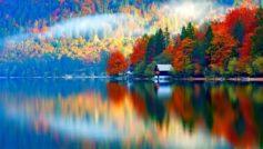 Обои вода, отражение, домик, лес, горы, ретушь для рабочего стола