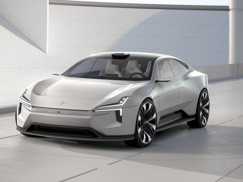 Серебристый автомобиль Polestar Precept 2020 года