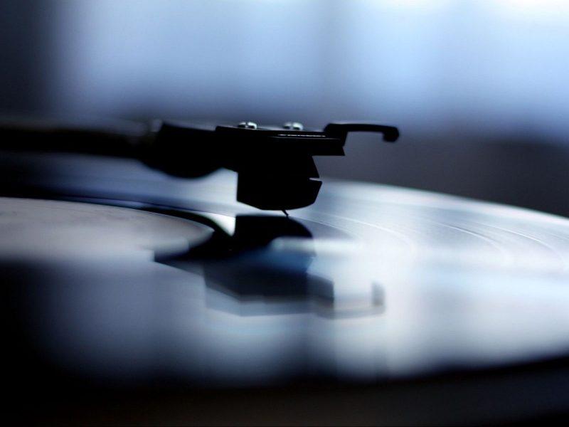 Музыка, Винил, Граммофон